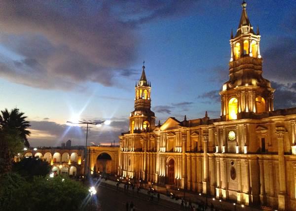 Feliz 477 aniversario de Arequipa